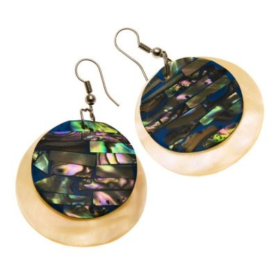 Earrings Pawa in Nacreous Embrace