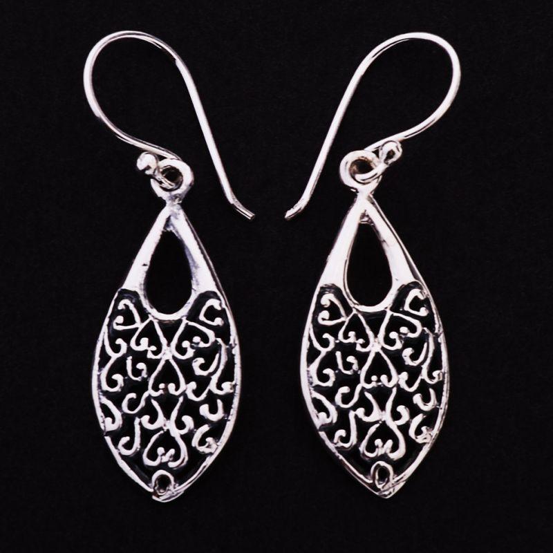Silver earrings Tears of Chateau