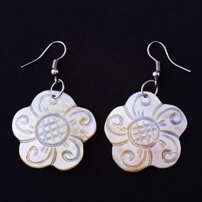 Shell Earrings Flowers of Wisdom