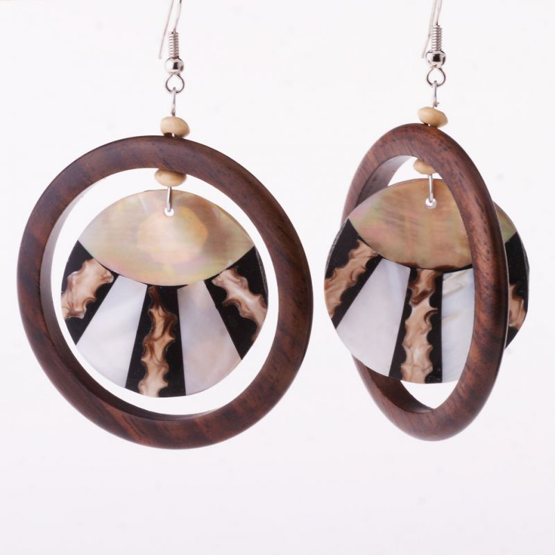 Shell earrings Solar Rays