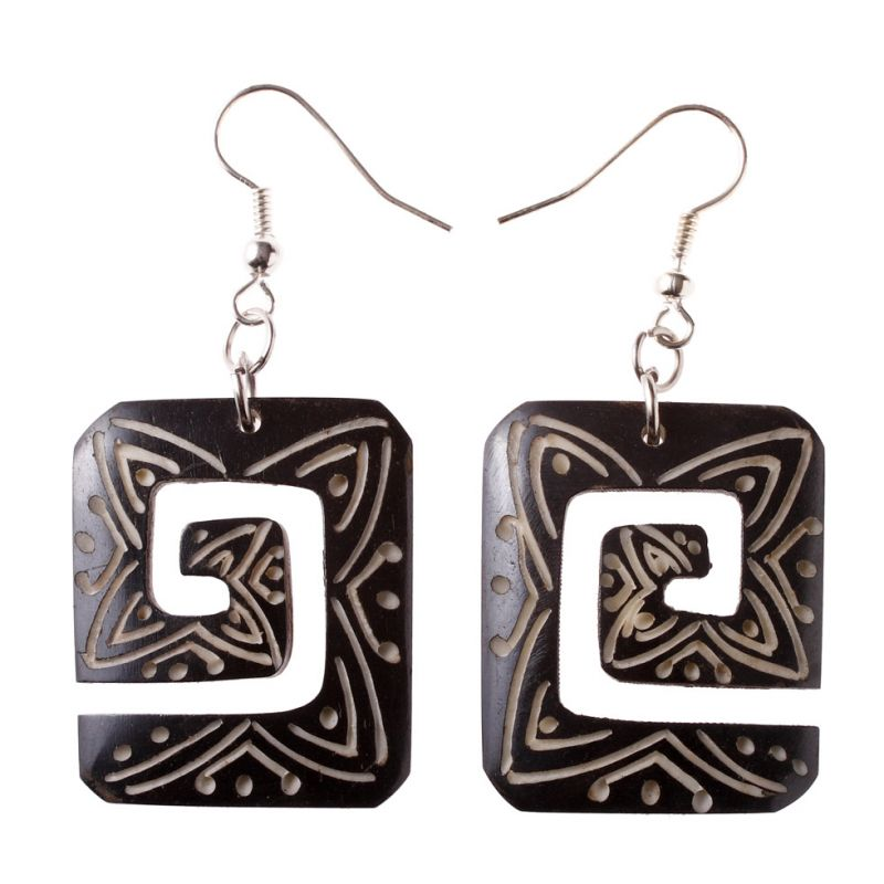 Burnt bone earrings Spiral a in Square