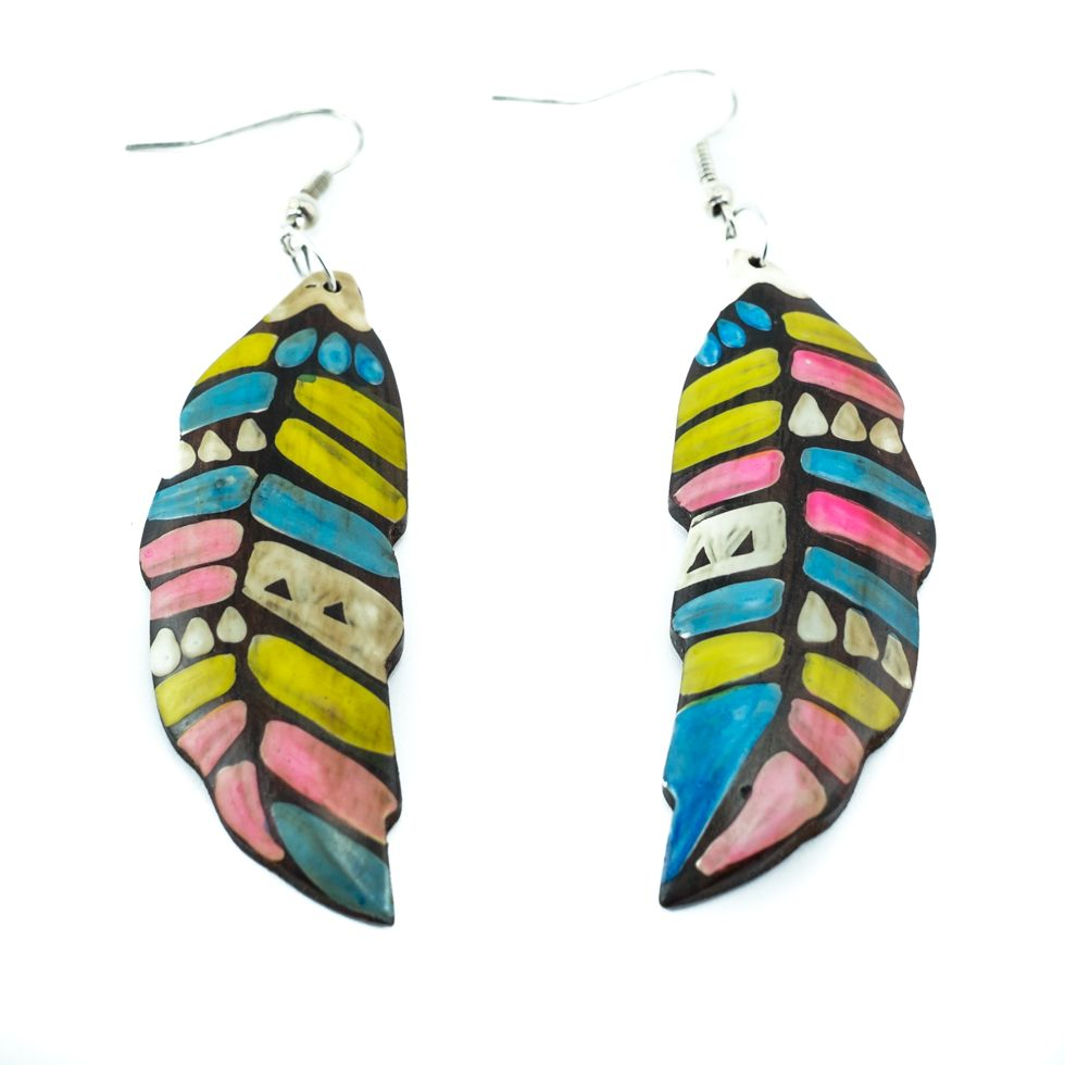 Painted wooden earrings Coloured leaves