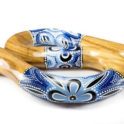 Serpentine shaped travel didgeridoo in blue colour