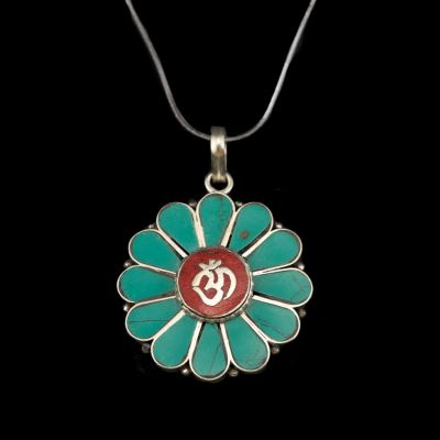 Pendant Om - in a flower