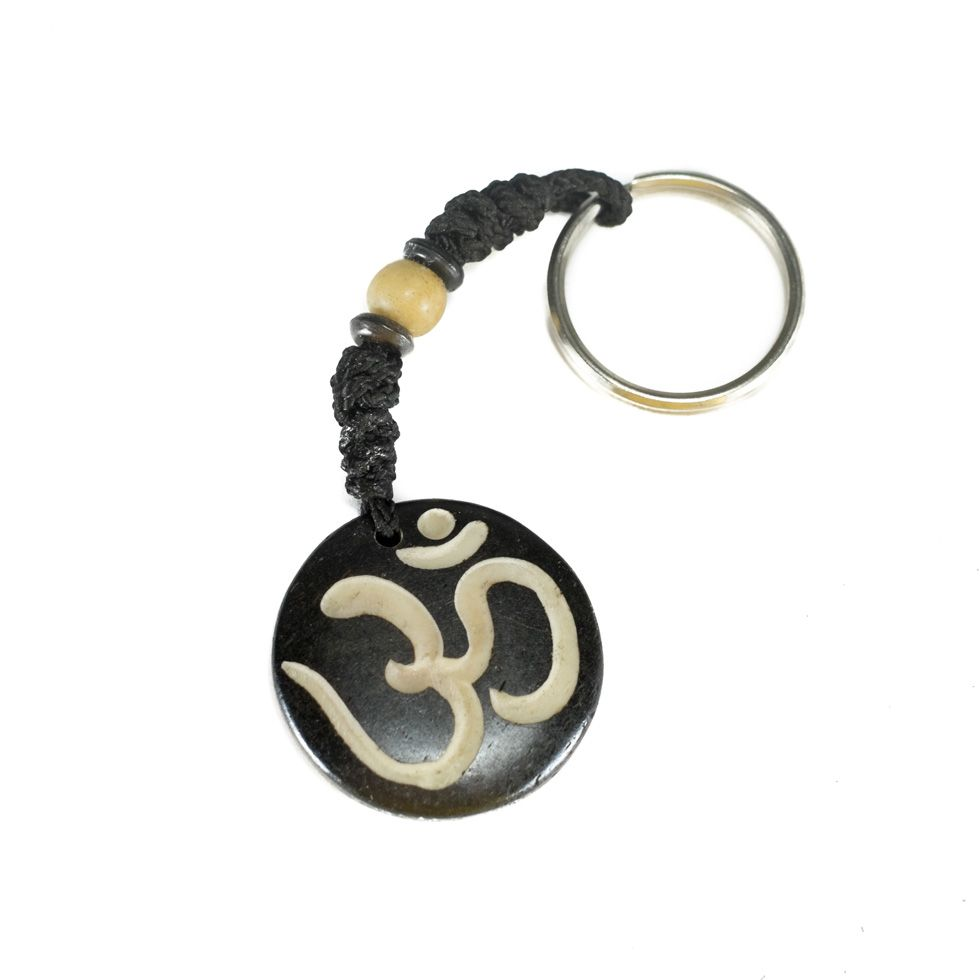 Bone key chain Om - black