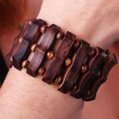 Wooden bracelet Hak-hak Wanita
