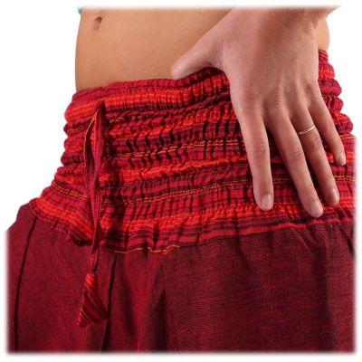 Trousers Perempat Merun