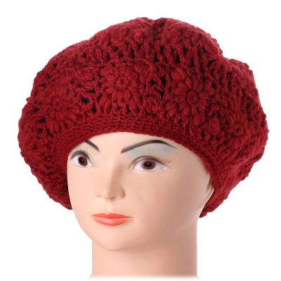 Crocheted beret Laras Red
