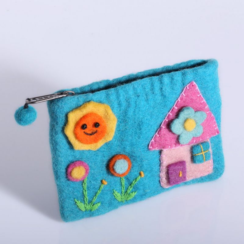 Little felt purse with a house motive Cyan