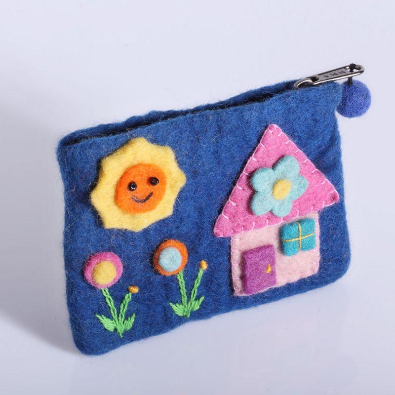 Little felt purse with a house motive Blue