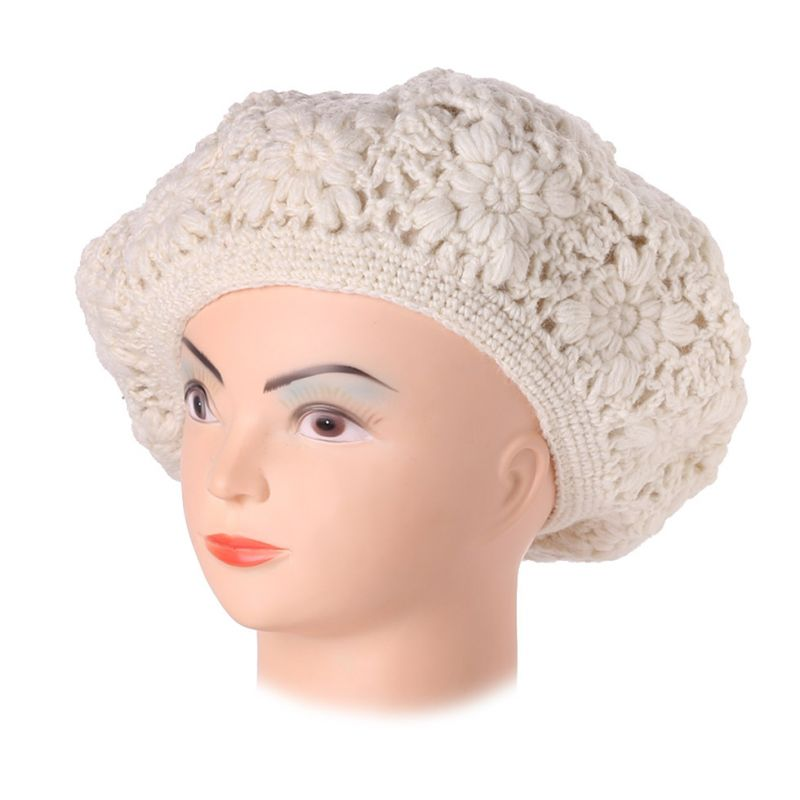 Crocheted beret Laras White