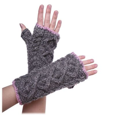 Hand warmers Suam Latif